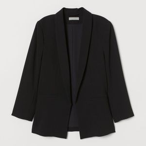 NWT - H&M STRAIGHT CUT JACKET IN BLACK - SIZE 2